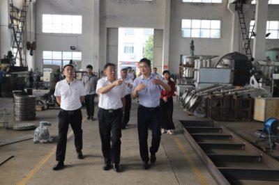 江苏省工商联副主席一行走访江苏华泰重工装备有限公司